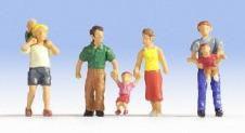 4 Parents and Children Figures