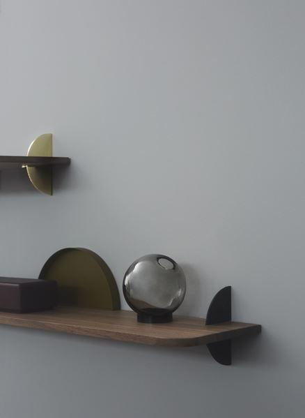 AEDES shelf - Walnut/Black