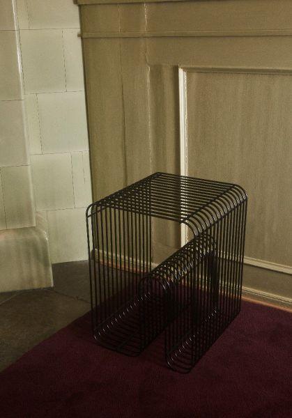 CURVA stool - Black