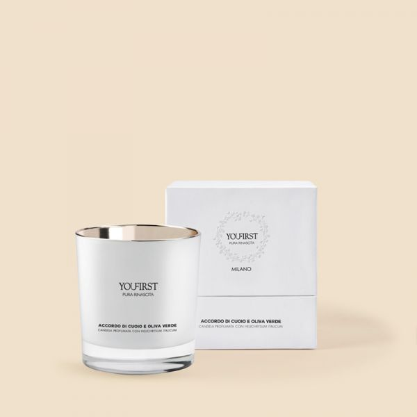 SCENTED CANDLE VELVET WOODS