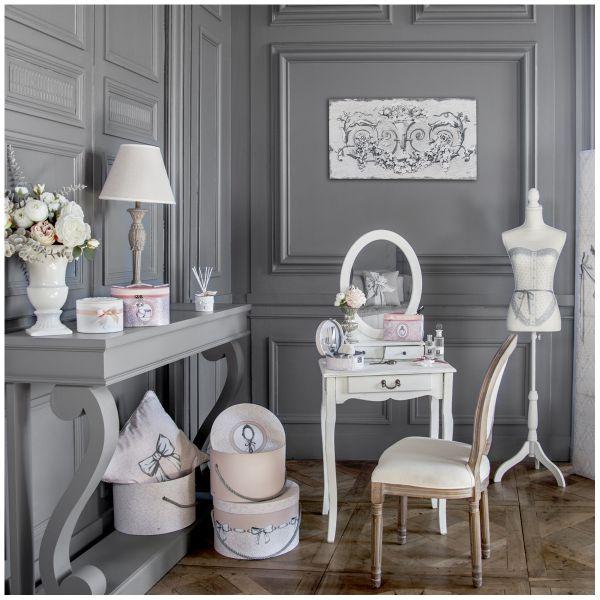 Marie Antoinette Chair
