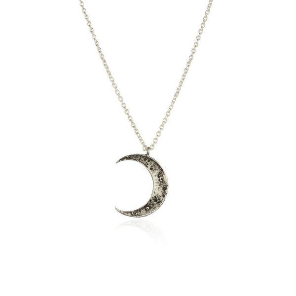 Momocreatura Crescent Moon Necklace Silver
