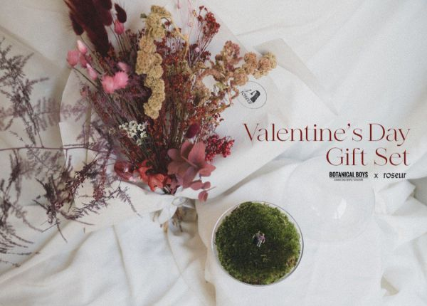 Valentines Day - Flowers & Moss Dome