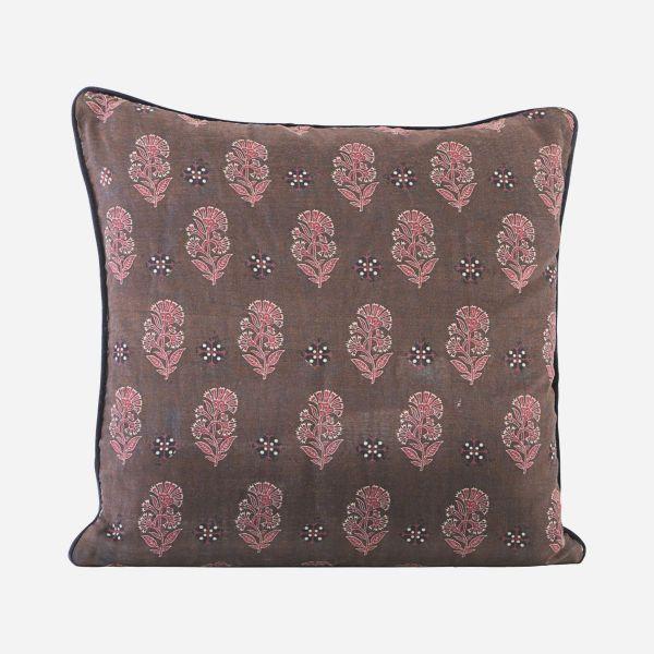 Lotus cushion cushion I am Nomad