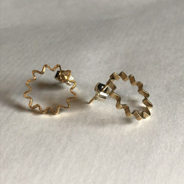 Mini Ondulee Earrings   18ct Gold Vermeil