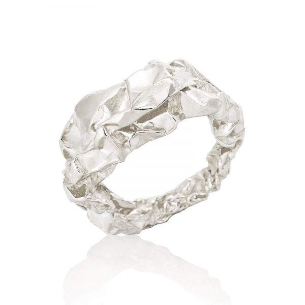 Niza Huang handmade sculptural silver ring raw lines