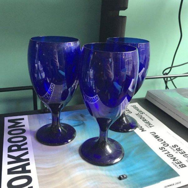 VINTAGE BLUE WINE GLASS